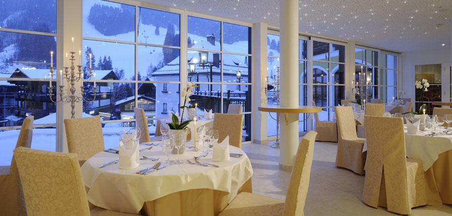 austria_saalbach_hotel_saalbacher_hof_dining_star_sky.jpg